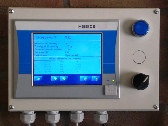 Control and readout unit for weighing system for transport rail
